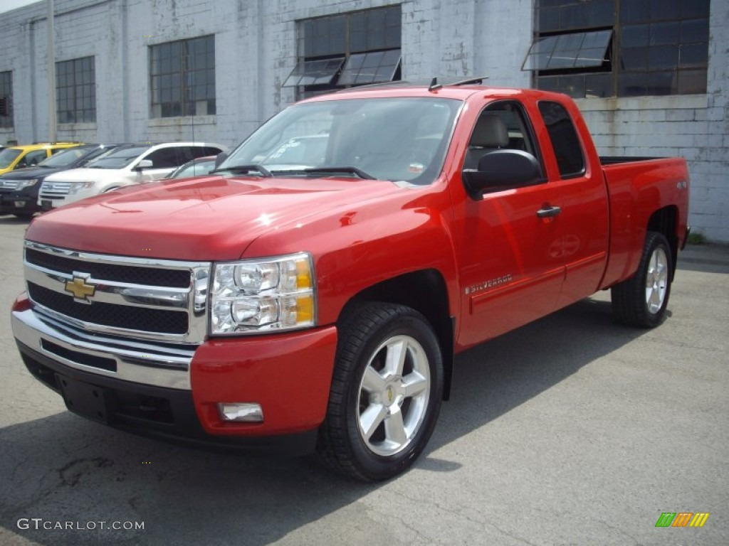 2009 Silverado 1500 LT Extended Cab 4x4 - Victory Red / Light Titanium photo #1