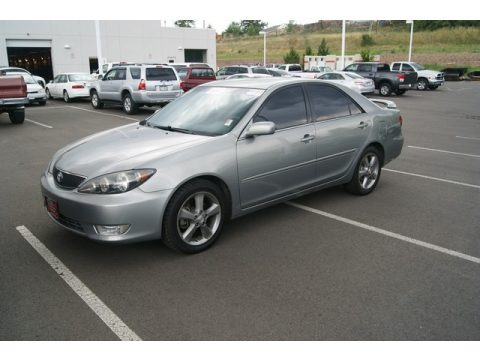 2006 toyota camry se v6 data info and specs. Black Bedroom Furniture Sets. Home Design Ideas