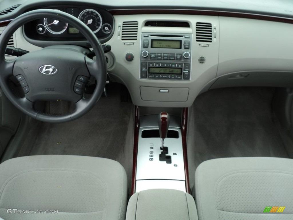 2007 Hyundai Azera GLS Gray Dashboard Photo 51583021  GTCarLotcom