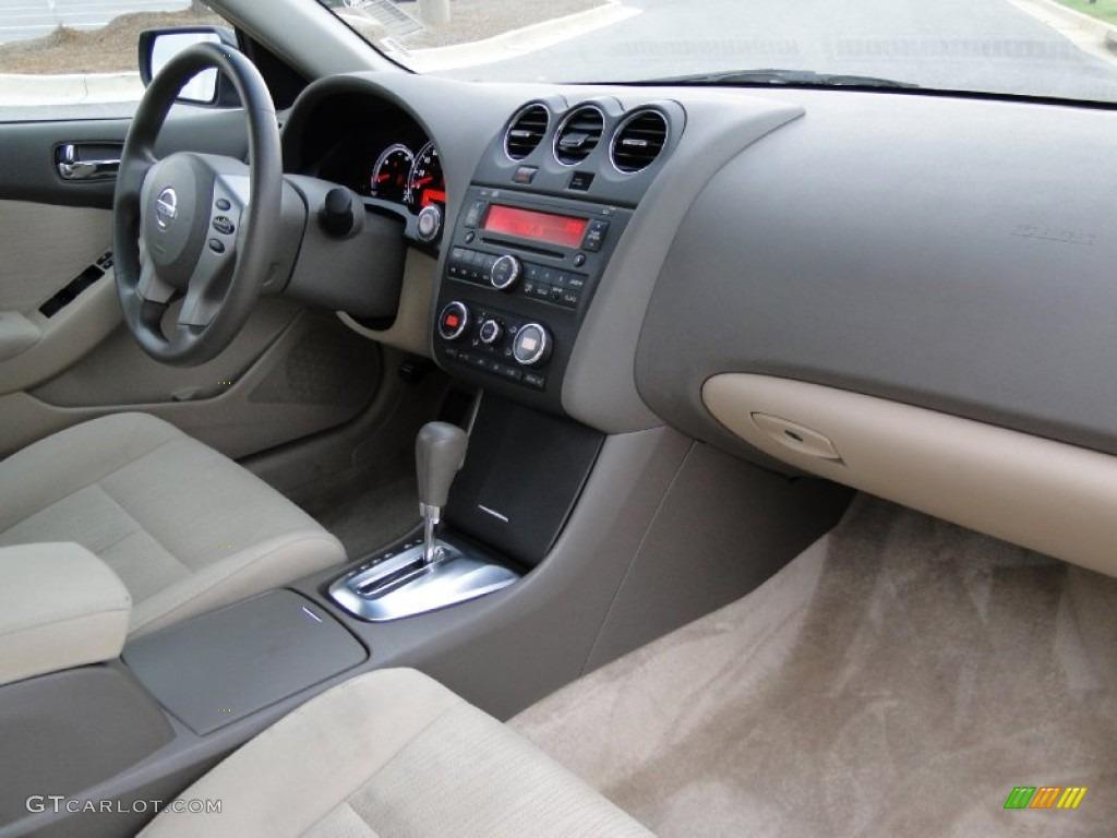 2010 Nissan Altima Hybrid Blond Dashboard Photo 51604804 Gtcarlot Com