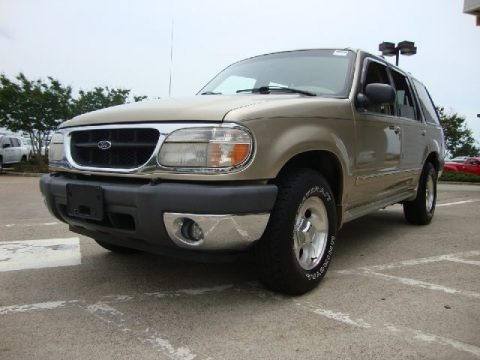 2000 Ford Explorer XLT 4x4 Data, Info and Specs
