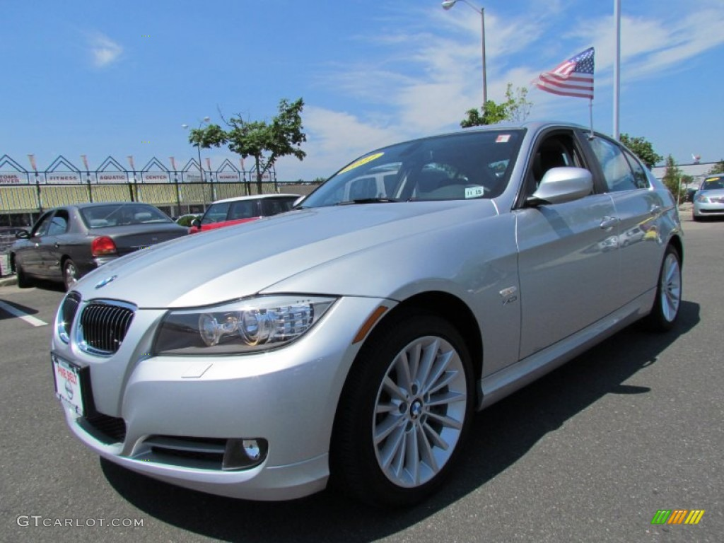 2011 titanium silver metallic bmw 3 series 335i xdrive sedan 51614194 car. Black Bedroom Furniture Sets. Home Design Ideas