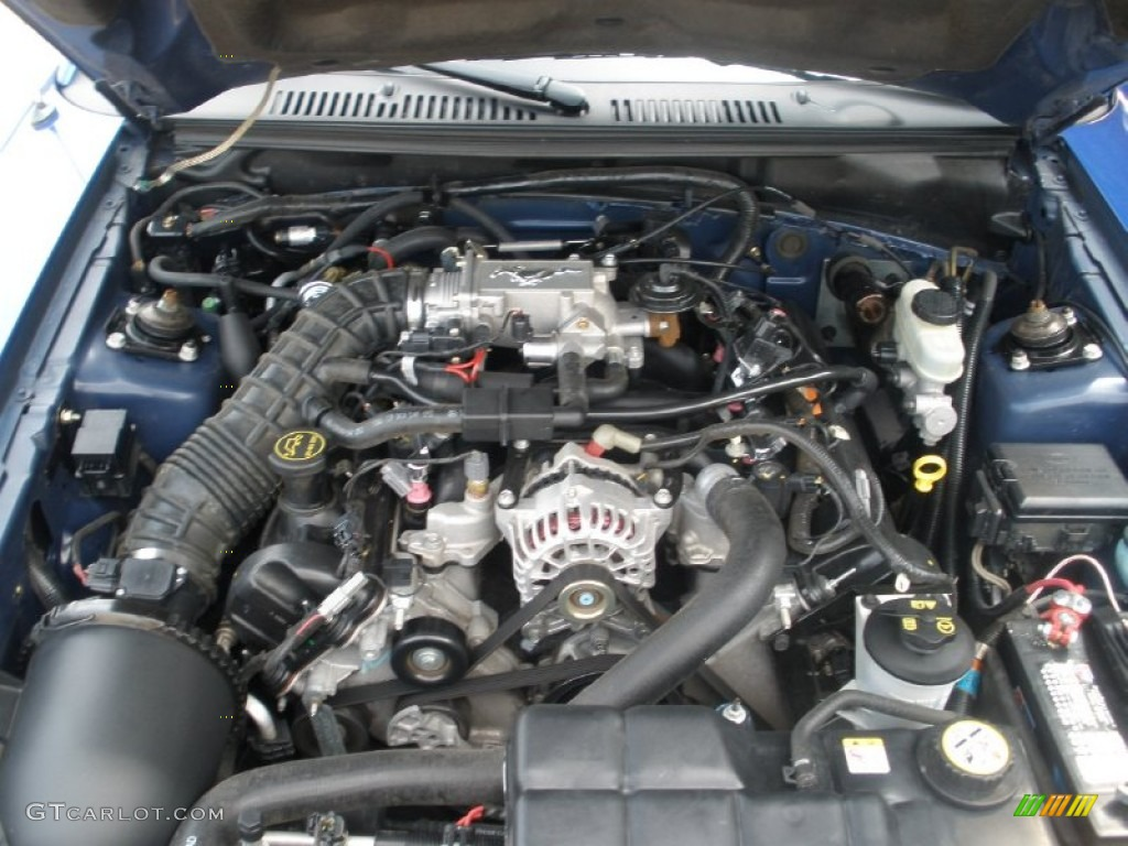 2004 ford mustang gt convertible 4 6 liter sohc 16 valve v8 engine photo 51652222