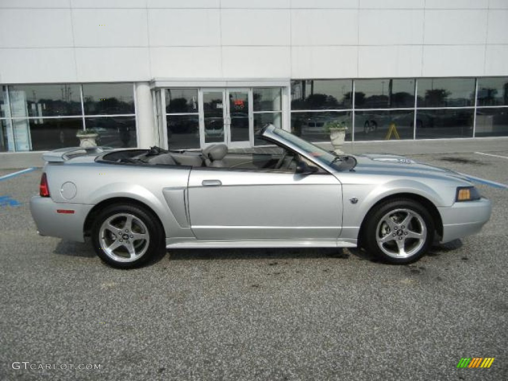 silver metallic 2004 ford mustang gt convertible exterior. Black Bedroom Furniture Sets. Home Design Ideas