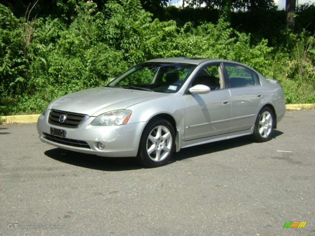 2002 sheer silver metallic nissan altima 35 se 51723850 sheer silver metallic nissan altima vanachro Images