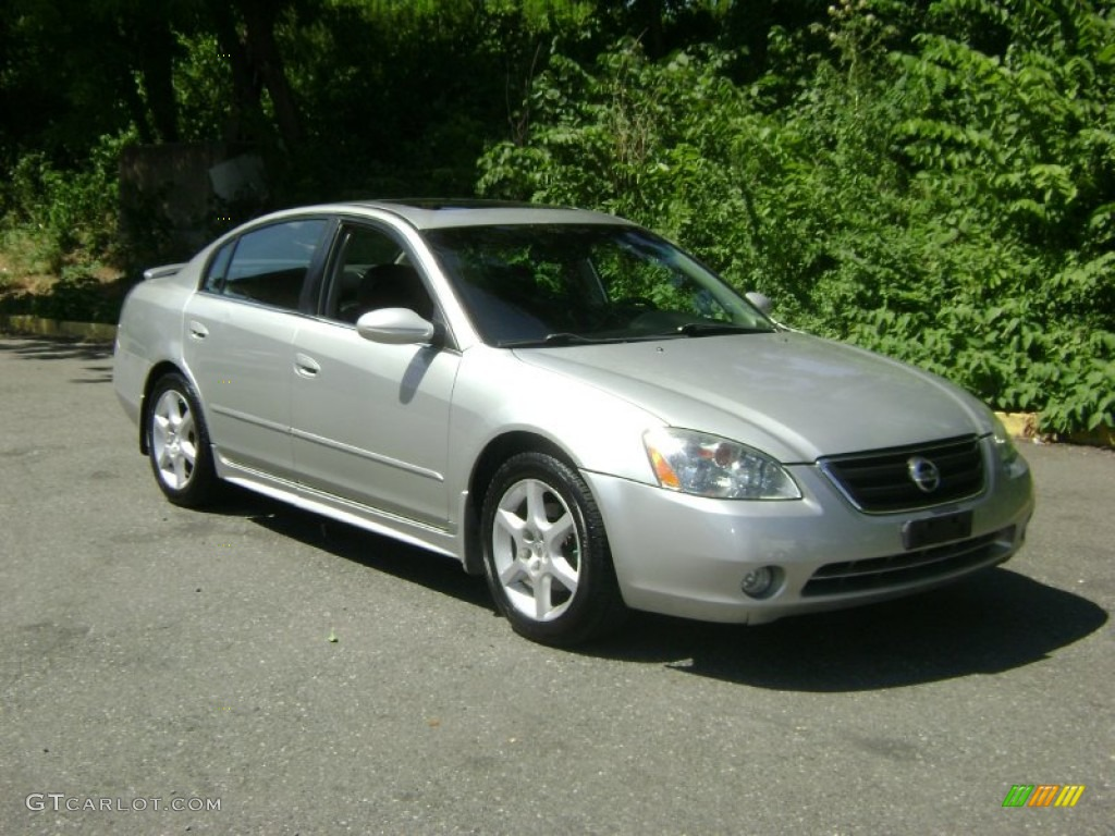 sheer silver metallic 2002 nissan altima 3 5 se exterior. Black Bedroom Furniture Sets. Home Design Ideas