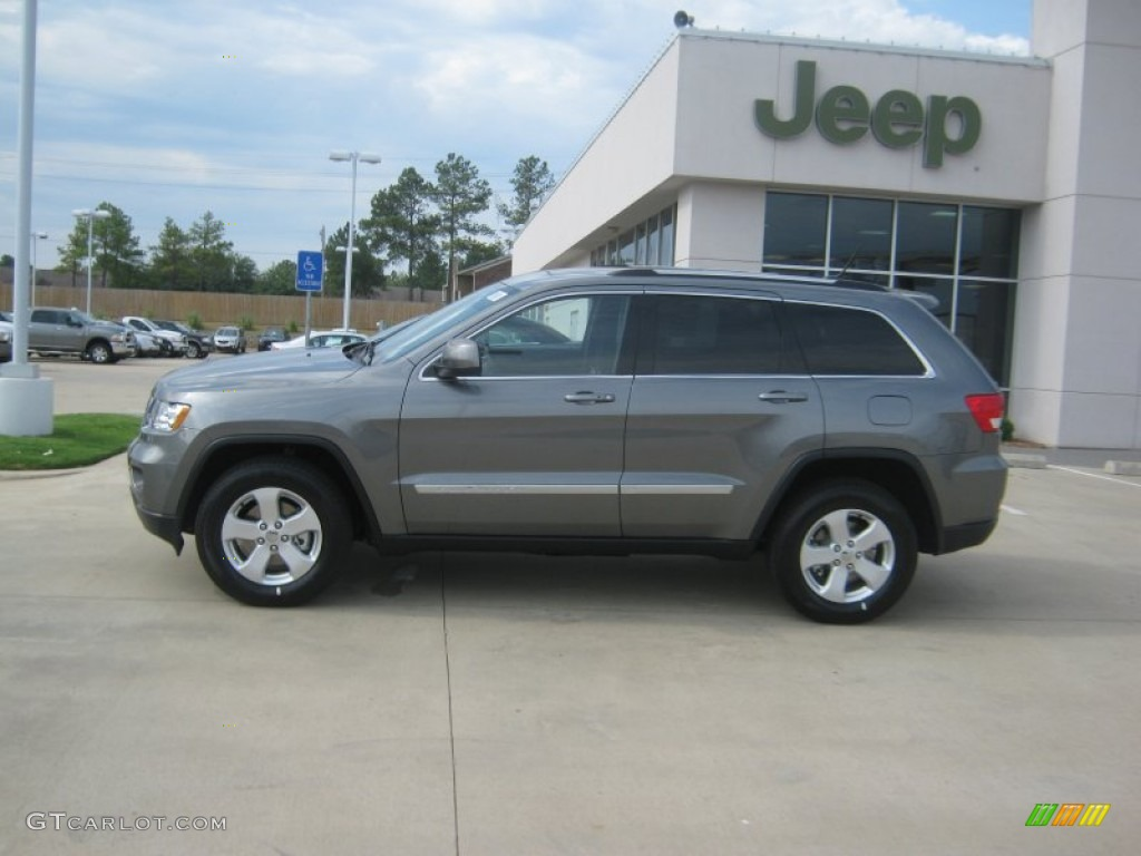 2011 mineral gray metallic jeep grand cherokee laredo 51723893 photo 2 car. Black Bedroom Furniture Sets. Home Design Ideas