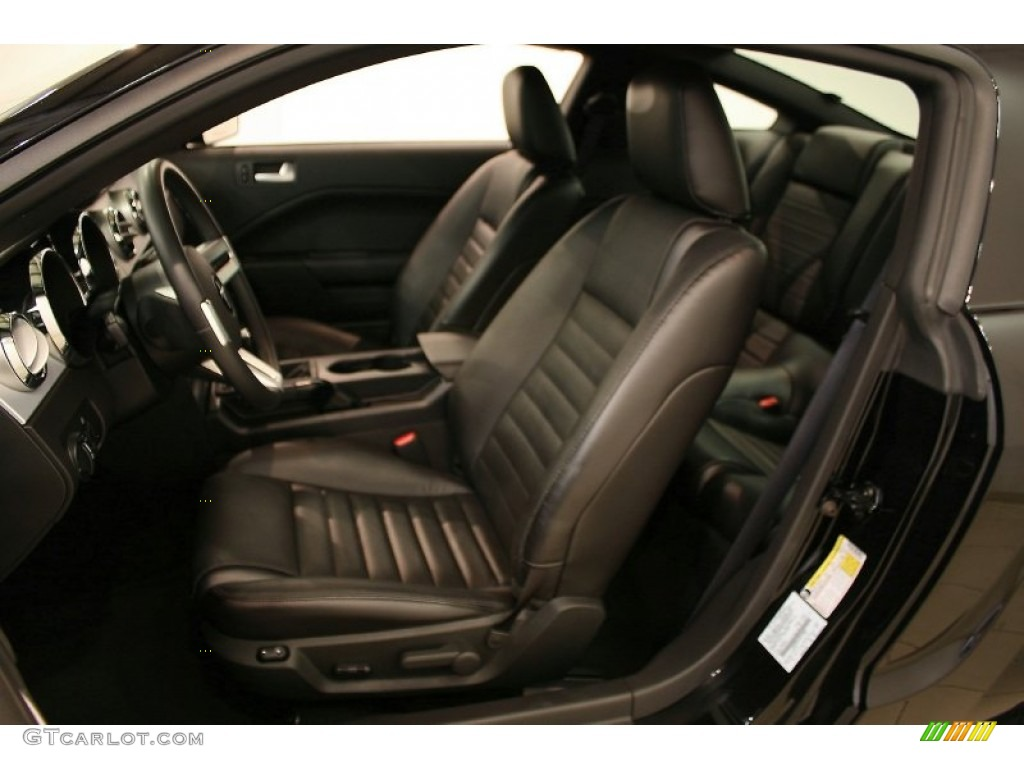 Dark Charcoal Interior 2006 Ford Mustang GT Premium Coupe Photo #51758965