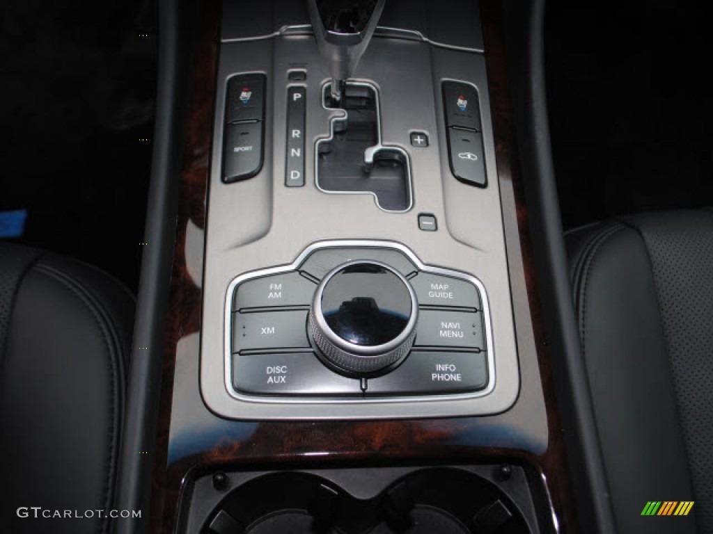 2011 Hyundai Equus Signature Limousine Controls Photo