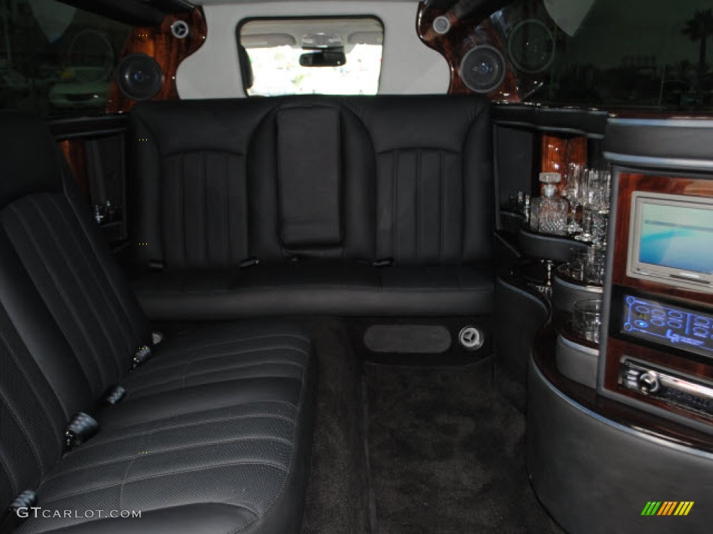 2011 Hyundai Equus Signature Limousine Interior Photo