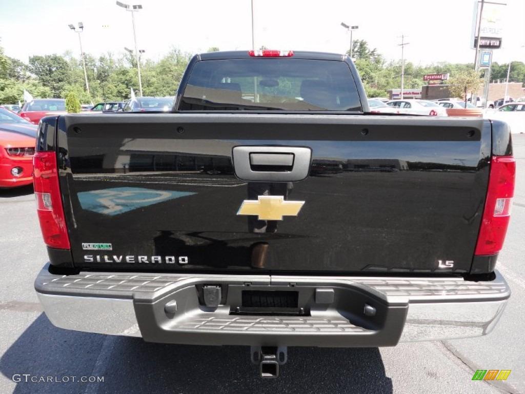 2011 Silverado 1500 LS Extended Cab 4x4 - Black / Dark Titanium photo #6