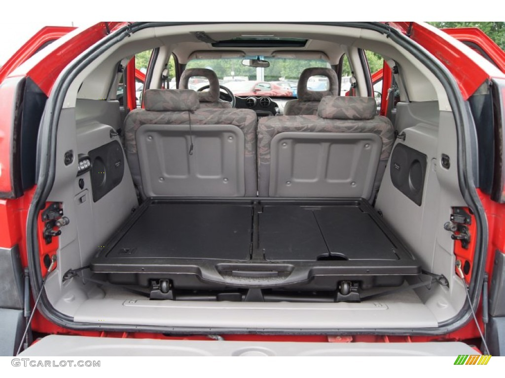 2001 pontiac aztek standard aztek model trunk photo. Black Bedroom Furniture Sets. Home Design Ideas