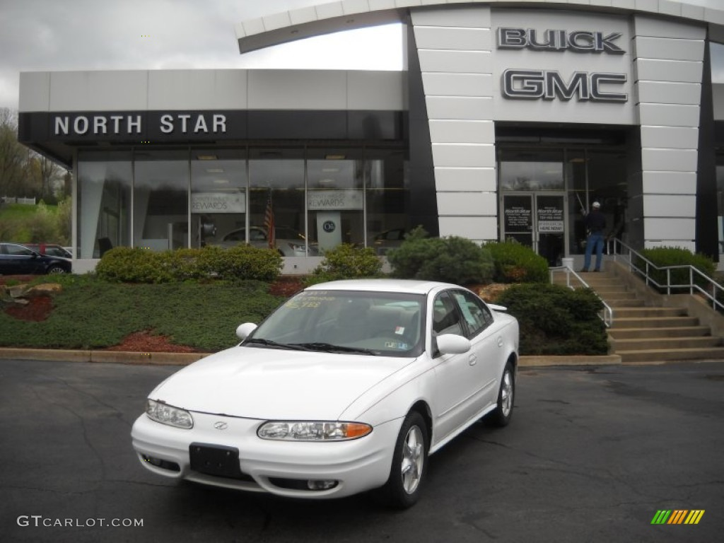 2001 arctic white oldsmobile alero gl sedan 51856473 gtcarlot com car color galleries gtcarlot com