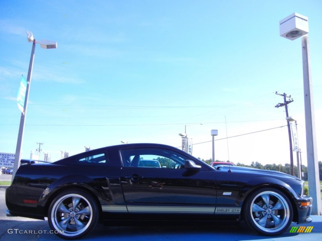 Black 2006 Ford Mustang Shelby GT-H Coupe Exterior Photo #51884234