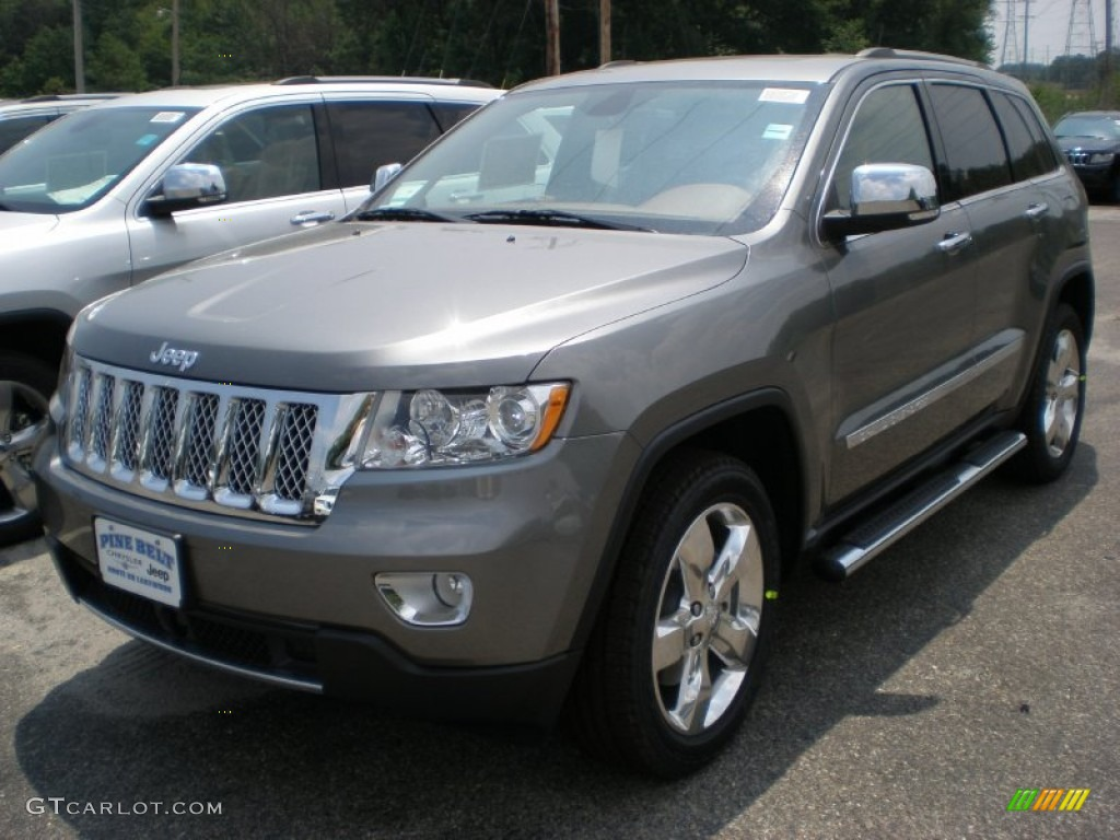 2011 Mineral Gray Metallic Jeep Grand Cherokee Overland Summit 4x4 51856032 Gtcarlot Com