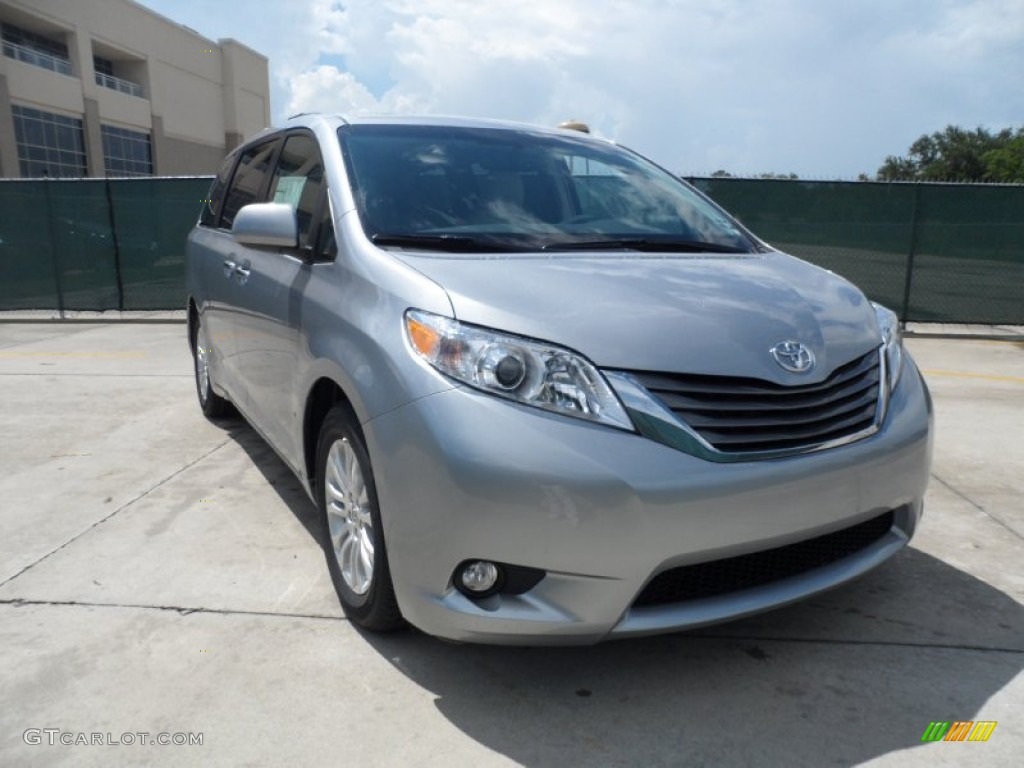 2011 Sienna XLE - Silver Sky Metallic / Light Gray photo #1