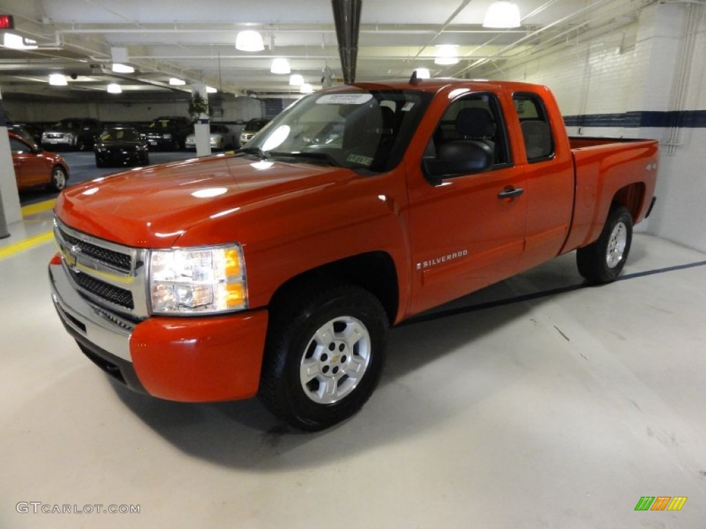 2009 Silverado 1500 LT Extended Cab 4x4 - Victory Red / Dark Titanium photo #1
