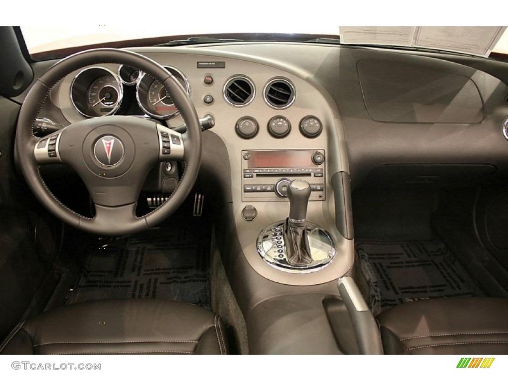 2008 Pontiac Solstice Gxp Roadster Ebony Dashboard Photo 51994515
