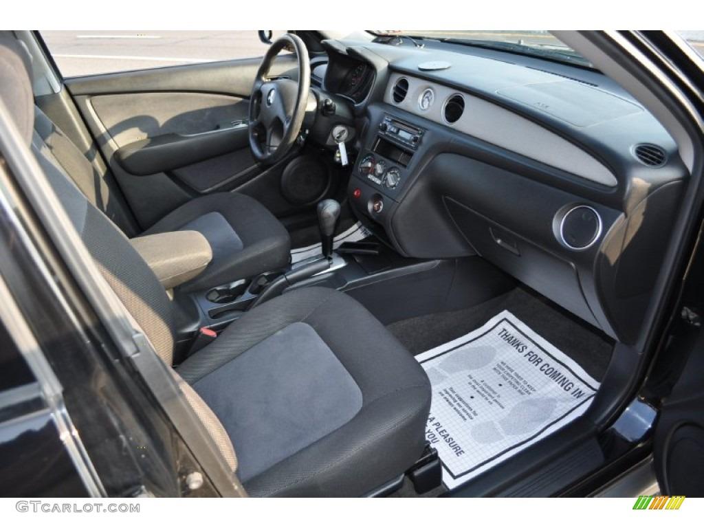 2003 Mitsubishi Outlander LS 4WD interior Photo #52013967 ...