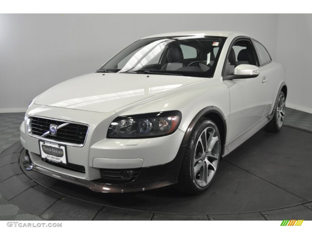 2008 cosmic white metallic volvo c30 t5 version 2 0 51989527 car color galleries. Black Bedroom Furniture Sets. Home Design Ideas