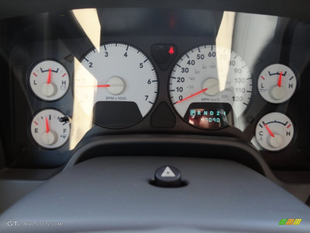 2007 Dodge Ram 1500 SLT Mega Cab 4x4 Gauges Photos
