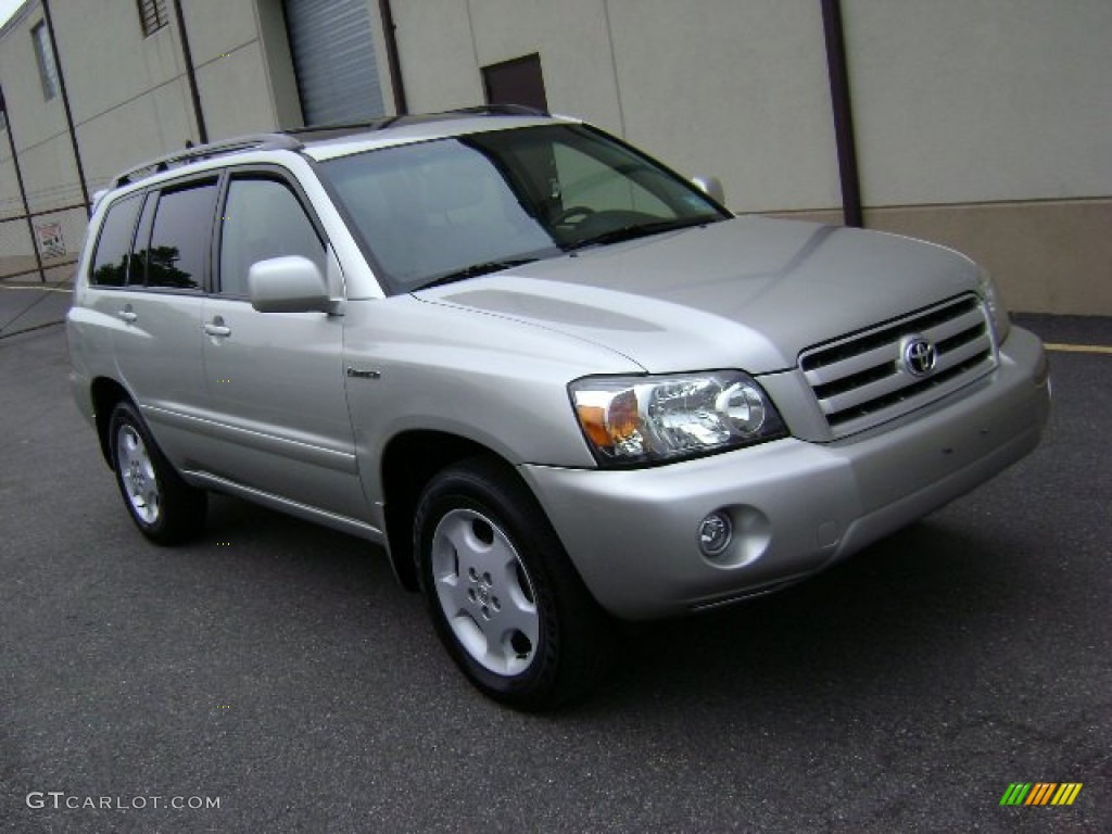 Millenium Silver Metallic Toyota Highlander Limited WD - 2005 highlander