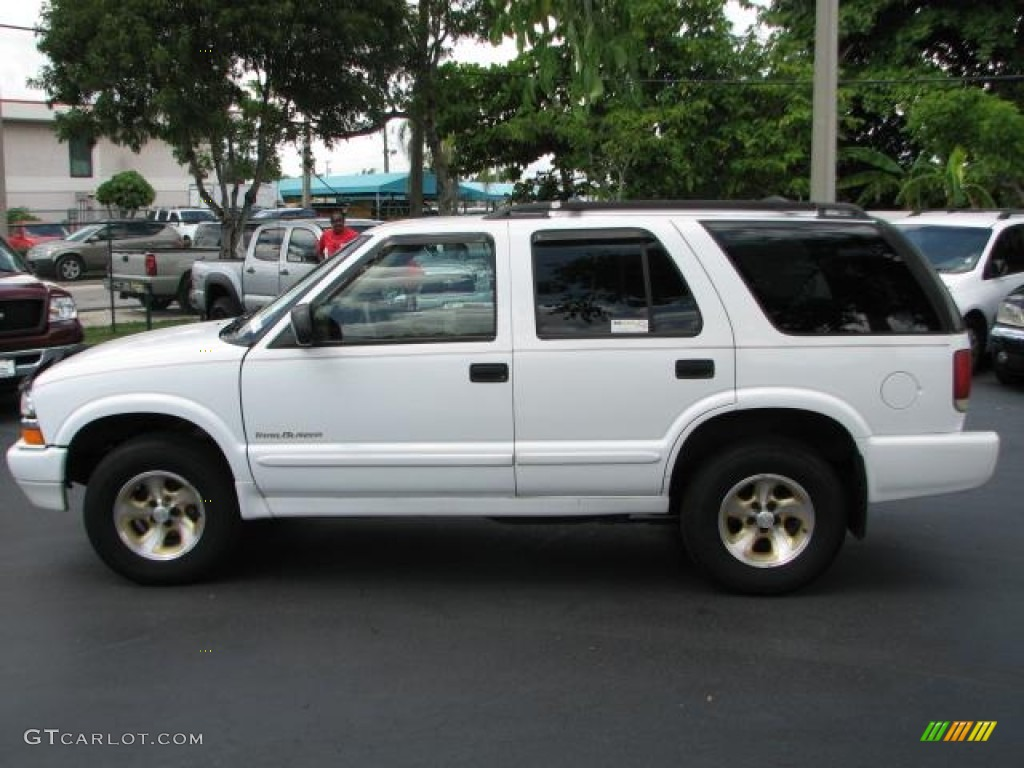 Summit White 2000 Chevrolet Blazer Trailblazer Exterior Photo 52091369