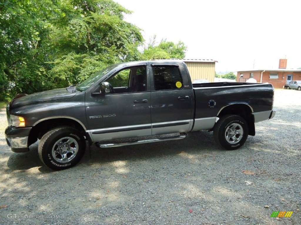 2002 Ram 1500 ST Quad Cab 4x4 - Graphite Metallic / Dark Slate Gray photo #4