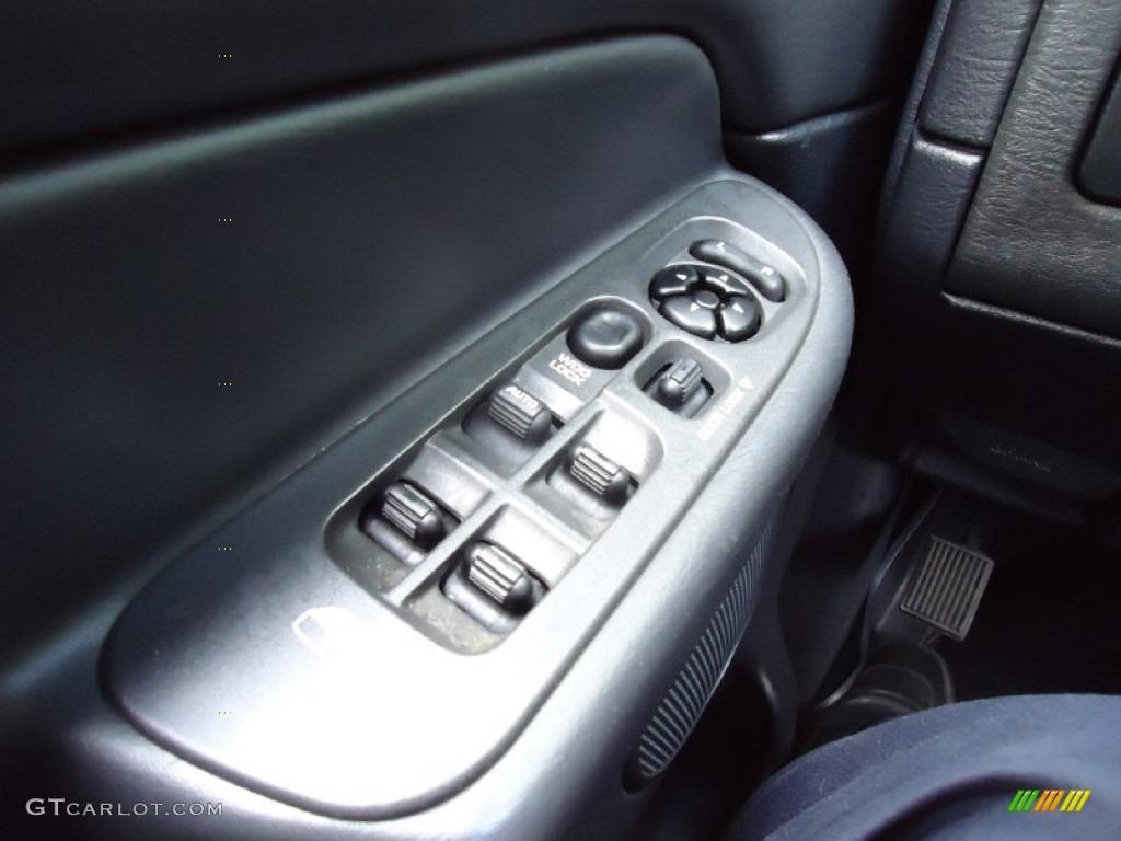 2002 Ram 1500 ST Quad Cab 4x4 - Graphite Metallic / Dark Slate Gray photo #23