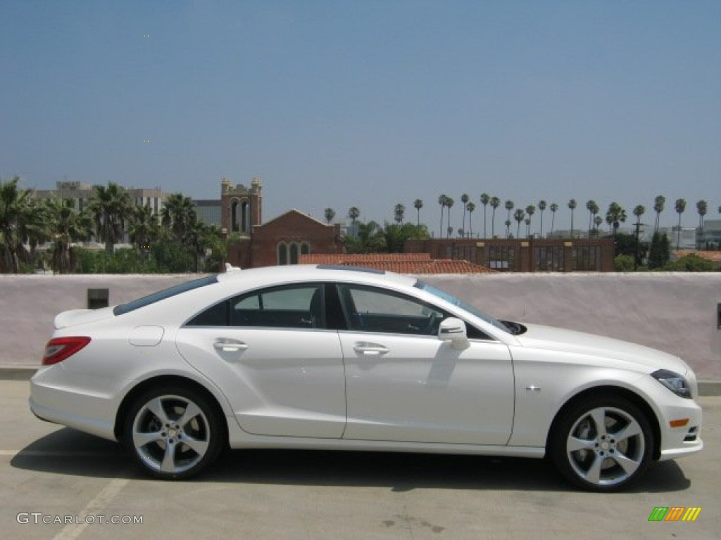 Diamond white metallic 2012 mercedes benz cls 550 coupe for 2012 mercedes benz cls