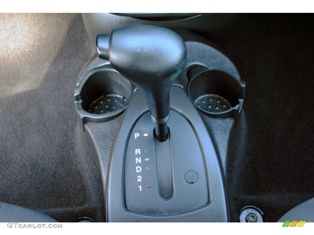2005 Focus ZX3 SES Coupe - Pitch Black / Charcoal/Charcoal photo #25