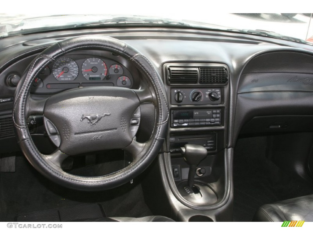 2000 Ford Mustang Gt Convertible Dark Charcoal Dashboard Photo 52129144