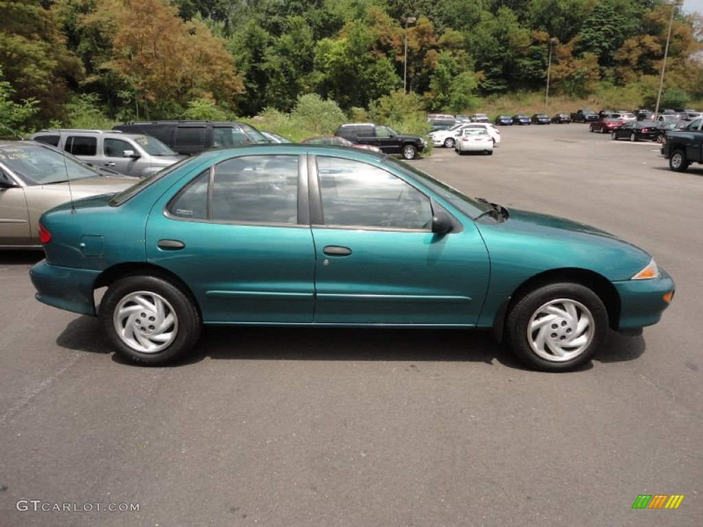 Medium Green Metallic 1999 Chevrolet Cavalier Sedan ...