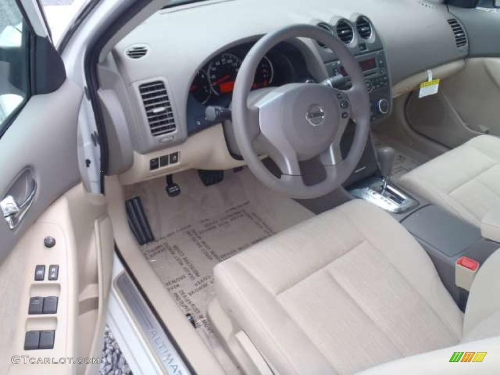 Blonde Interior 2012 Nissan Altima 2 5 S Photo 52259056 Gtcarlot Com