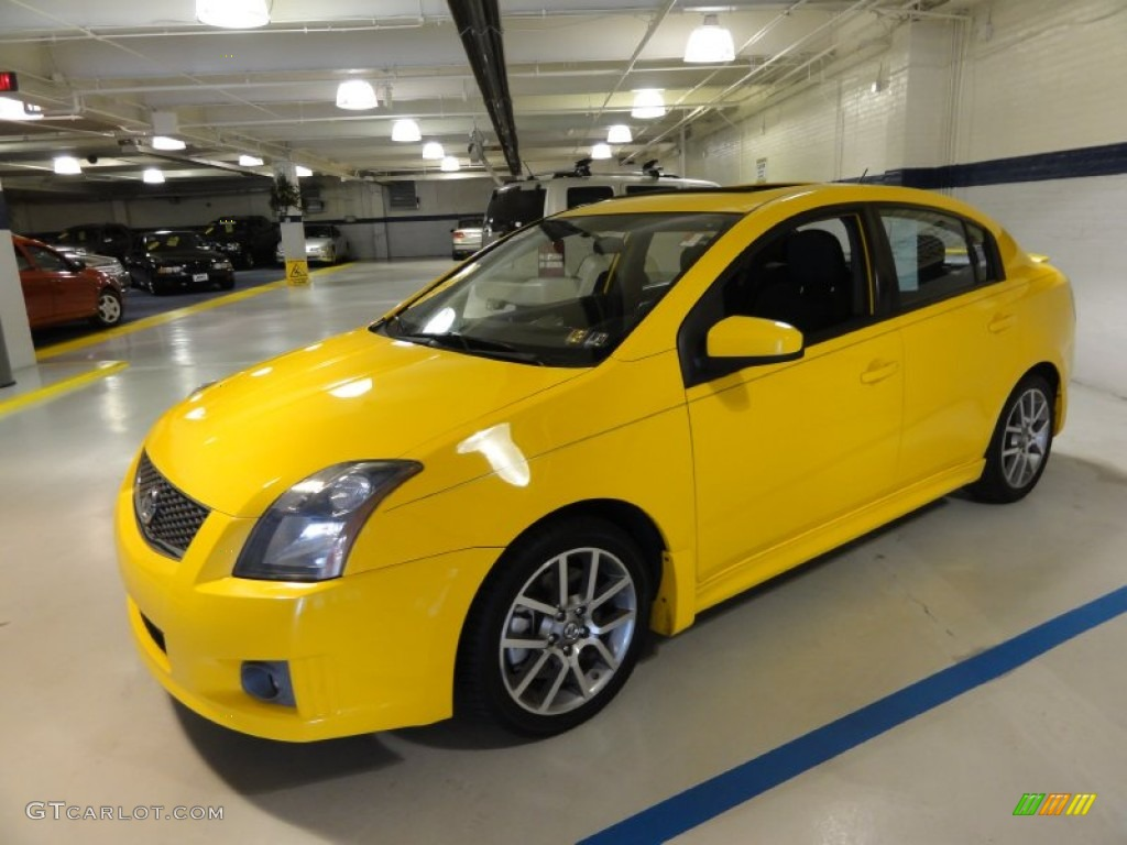 2007 sentra se r spec v solar yellow se r charcoal photo