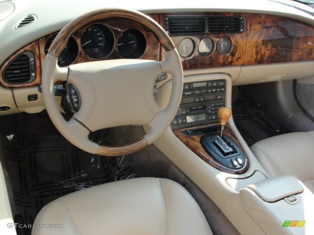Oatmeal Interior 1999 Jaguar Xk Xk8 Convertible Photo 52353912