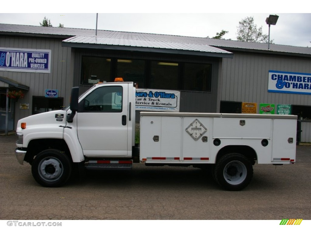 2004 C Series Kodiak C4500 Regular Cab Commercial Truck - Summit White / Gray photo #2