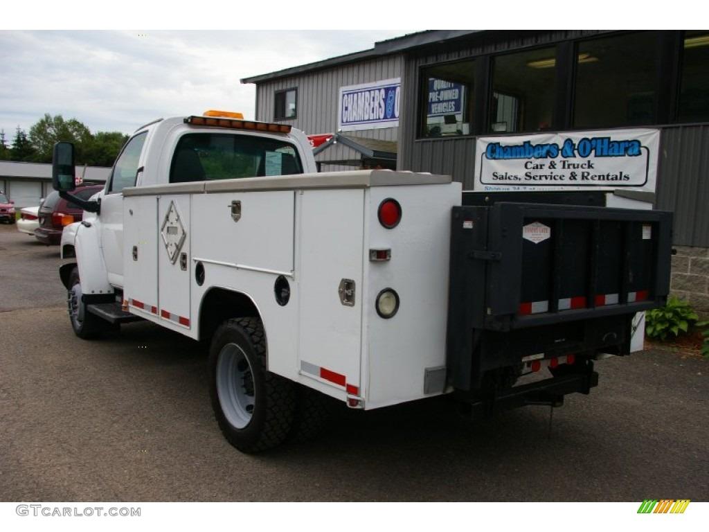 2004 C Series Kodiak C4500 Regular Cab Commercial Truck - Summit White / Gray photo #13