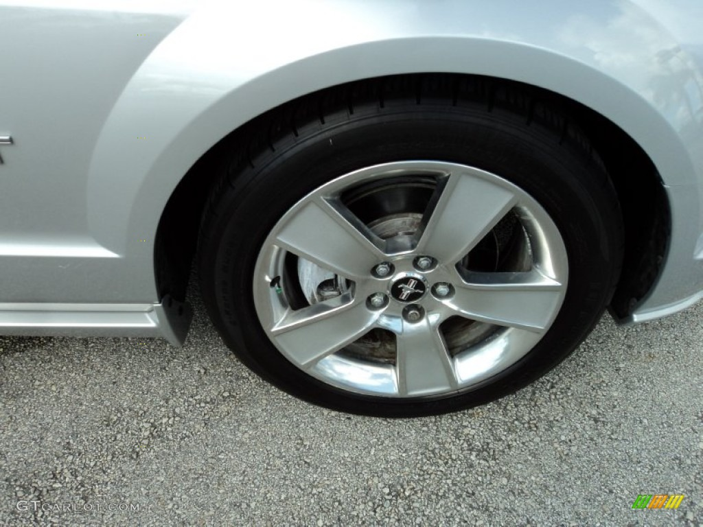 2006 Ford Mustang GT Premium Coupe Wheel Photo #52368991