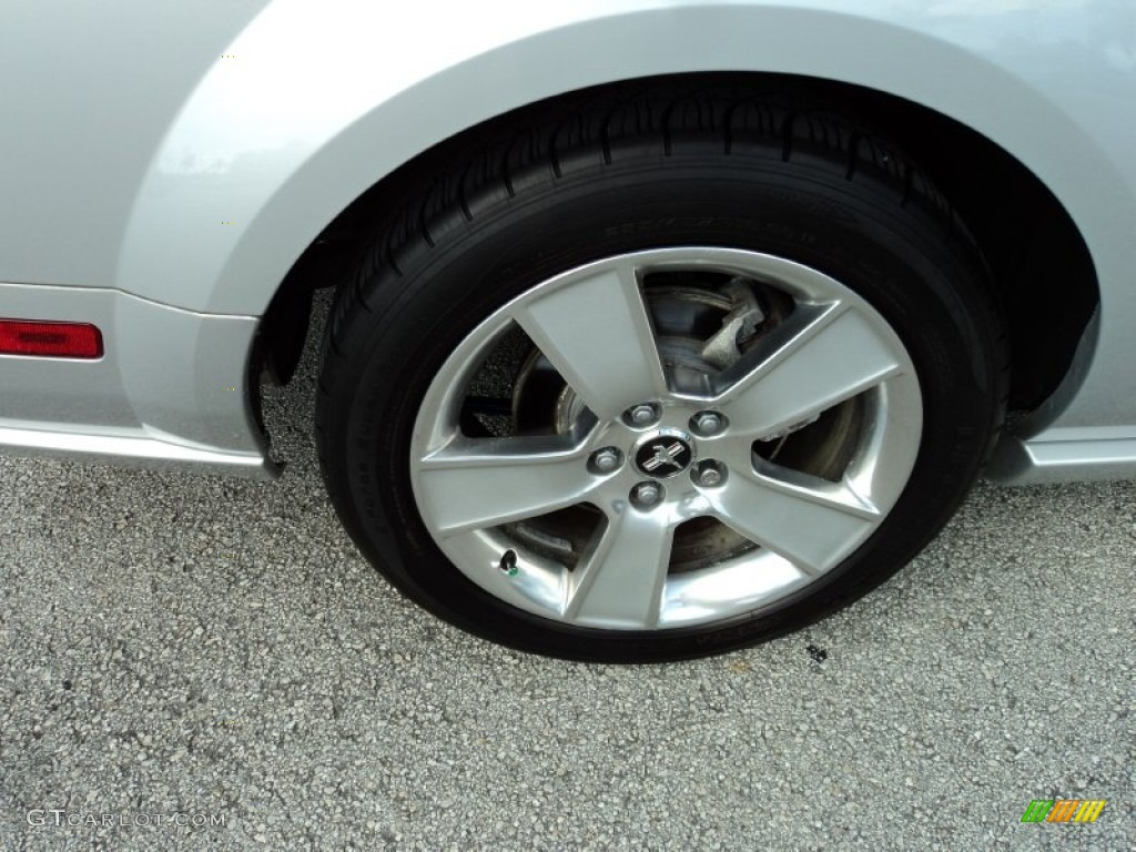 2006 Ford Mustang GT Premium Coupe Wheel Photo #52369006
