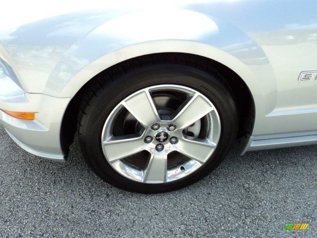 2006 Ford Mustang GT Premium Coupe Wheel Photo #52369129