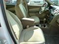 Neutral Beige Interior Photo for 2005 Chevrolet Malibu #52374448