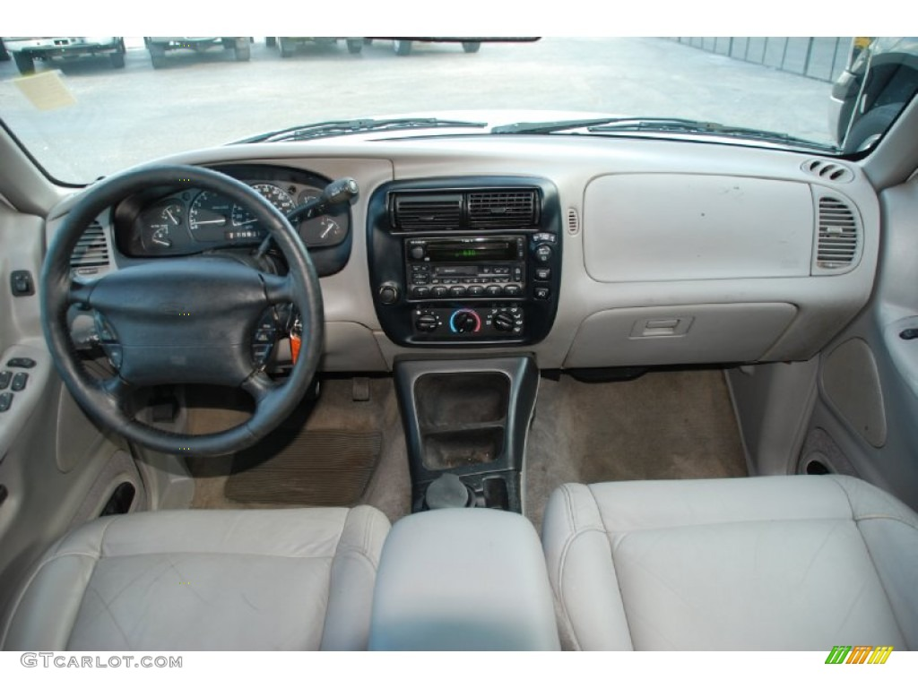 2000 ford explorer xlt dashboard photos 2000 ford explorer interior parts