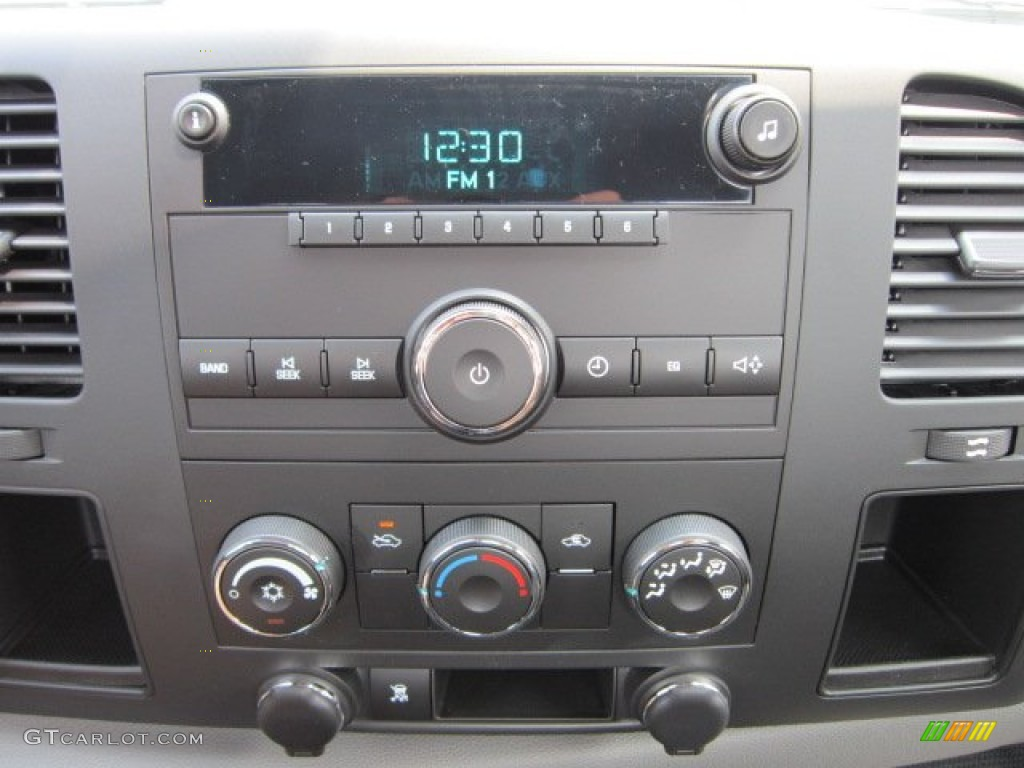 2011 Chevrolet Silverado 1500 Regular Cab 4x4 Controls Photo #52381816