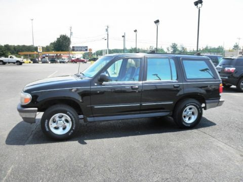 1995 Ford Explorer XLT 4x4 Data, Info and Specs