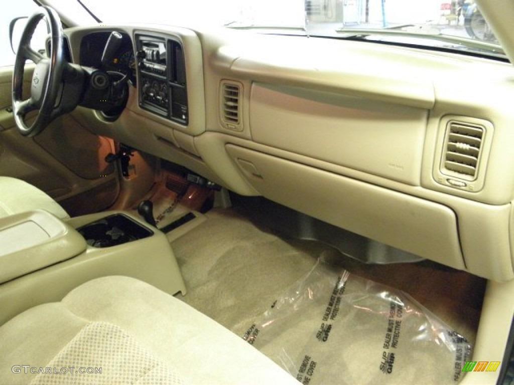 2002 Chevrolet Silverado 1500 LS Regular Cab 4x4 Dashboard Photos