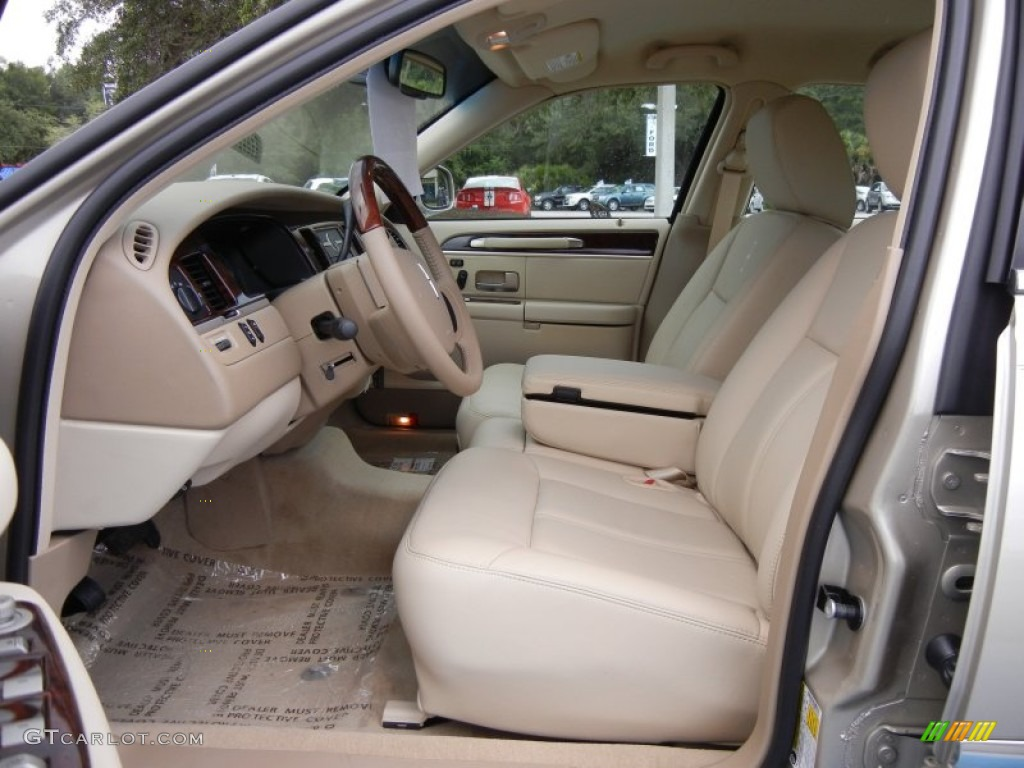 Light Camel Interior 2011 Lincoln Town Car Signature Limited Photo