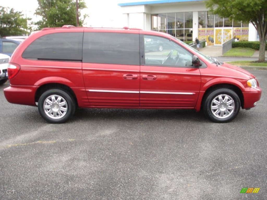 deep molten red pearlcoat 2004 chrysler town country limited awd exterior photo 52477175. Black Bedroom Furniture Sets. Home Design Ideas