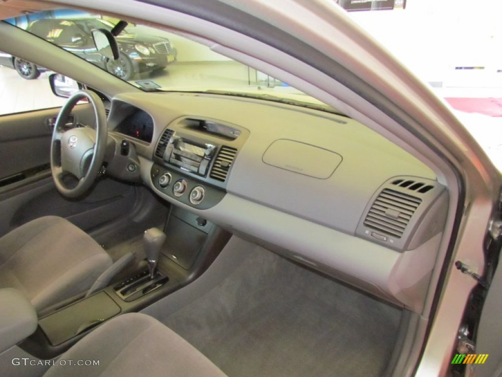 2006 toyota camry le stone gray dashboard photo 52484456. Black Bedroom Furniture Sets. Home Design Ideas