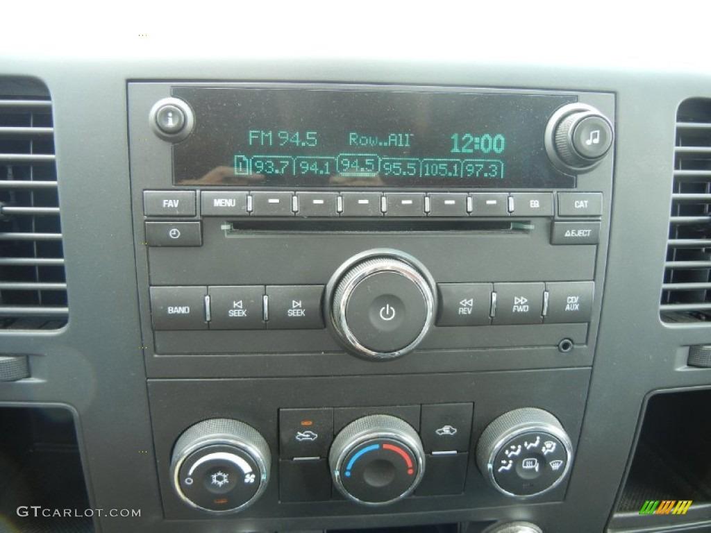 2009 Silverado 1500 LS Extended Cab - Victory Red / Dark Titanium photo #19